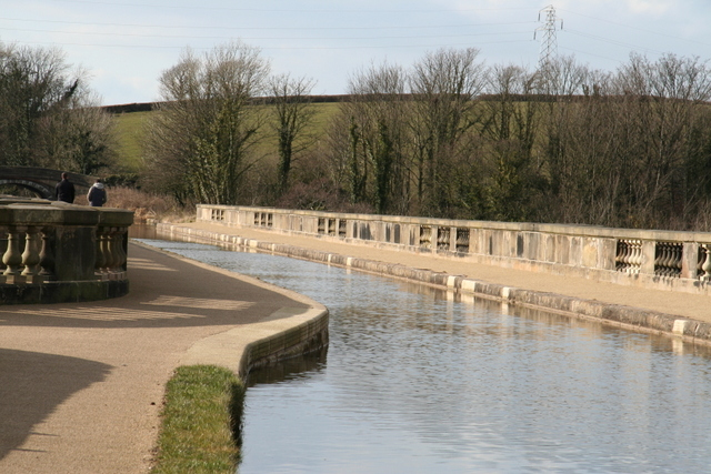 Lancaster canal crossing the river Lune