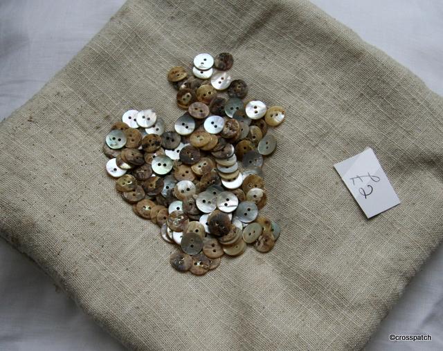 169 shirt buttons